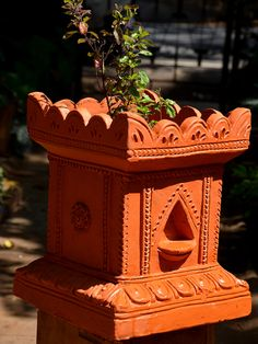 Pack of : 1 Tulsi Planter Pot. Heavy Pot - 10 Kg. Dimensions: W*H - 10 inch * 12 inch Handmade, Matte