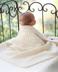 Princess Chantilly / DROPS Baby - Knitted baby blanket with wave pattern in DROPS Merino Extra Fine or Sky Baby Knitting Patterns, Free Baby Blanket Patterns, Knitting For Kids, Baby Patterns, Free Knitting, Drops Design, Drops Baby, Baby Barn, Knitted Baby Blankets
