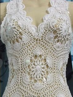 Free Patterns: Wedding dress made of crochet yarn step by step
