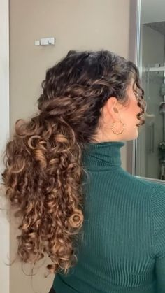 Curly Hair Styles Easy, Curly Hair Tips, Curly Hair Care, Natural Hair Styles, Short Hair Styles, Curly Hairstyles For Long Hair, Braids For Curly Hair, Naturally Curly Hairstyles, Natural Curly Hair Updos