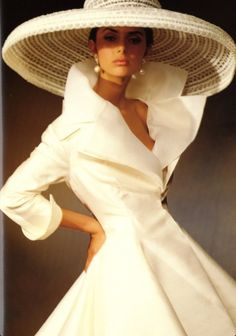 1950 Vogue....... Oh, this could be the ultimate dress! The hat is perfect too.