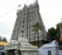The 300 year old Thanumalayan Temple at Suchindram is a beautiful shrine at Kanyakumari district in the state of Tamilnadu. Had been here yesterday. Suchindram temple is unique in that here all three Trimurti deities are represented by one lingam in the sanctum called Sthanumalayan (Sthanu-Shiva; Maal-Vishnu and Ayan-Brahma).    There are 18ft tall four musical pillars here carved out of a single stone. Their architectural beauty is that they emit the sounds of various musical notes when str...