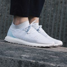 Adidas x Parley Oceans - Ultraboost Uncaged LTD. Harper Store - Sneakers and Clothes.