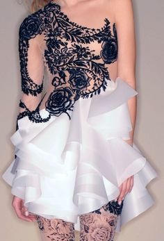 What a cool dress! Detail at Marchesa spring/summer 2010