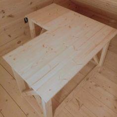The DRESDEN Reclaimed Wood L-Shaped Desk