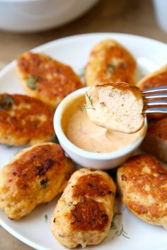 Salmon Croquettes with Dill and Sriracha Dip