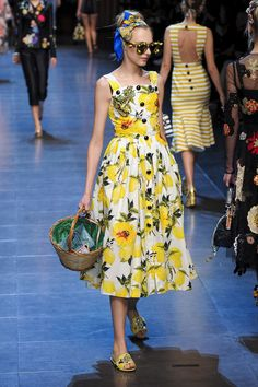 The Prettiest Dresses From Milan Fashion Week - Pretty Dresses at Spring 2016 Milan Fashion Week-Elle Spring Dress Trends Source by cherantjiegreen - Moda Fashion, Runway Fashion, Spring Fashion, Fashion Show, Dolce & Gabbana, Milan Fashion Weeks, Mannequins, Beautiful Gowns, Pretty Dresses