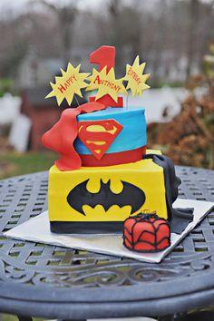this site has a ton of adorable party ideas Superhero Birthday Cake, Superhero Party, Boy Birthday, Birthday Cakes, Birthday Ideas, 4th Birthday Parties, Kid Parties, Superman Party, Party Ideas