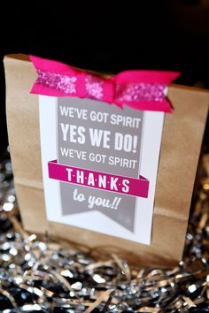 this is a great idea for thank you gifts! If you need anything to put in them, #spirit #accessories has everything you need! #spiritaccessories #cheer #cheerleader #appreciation