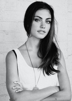 Phoebe Tonkin | The Vampire Diaries