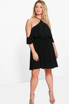 boohoo Plus Vik Double Layer Drape Sleeve Skater Dress  Dresses are the most-wanted wardrobe item for day-to-night dressing. From cool-tone whites to block brights, we've got the everyday skater dresses and party-ready bodycon styles that are perfect for transitioning from day to play.