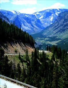 Beartooth Highway in Montana is another beautiful drive!