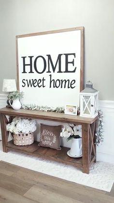 Home Living Room, Living Room Decor, French Living Rooms, Living Room Designs, Entryway Decor, Rustic Wall Decor, Front Door Decor, Rustic Wood, Front Porch