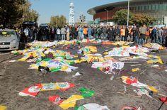 Ankara'daki katliamda yaşamını yitirenler için DİSK, KESK, TMMOB ve TTB, kana bulanan Emek, Barış ve Demokrasi Mitingi'nin katılımcıları ile birlikte yarın (11 Ekim) anma etkinliği gerçekleştirecek