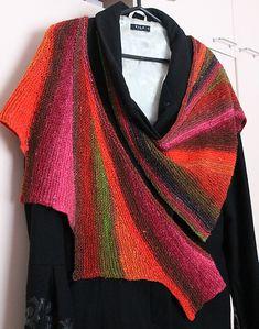 Un châle multicolore à tricoter en Noro