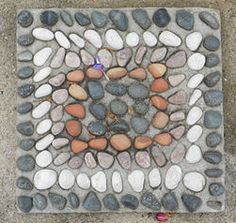 make mosaic stepping stones