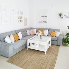 Boho Living Room, Living Spaces, Boho Deco, Boho Chic, Home Suites, Sofa, Couch, Nordic Style, My Room