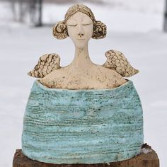 Ceramic Figures, Clay Figures, Pottery Sculpture, Sculpture Art, Ceramic Clay, Ceramic Pottery, Pottery Angels, Cerámica Ideas, Recycled Art Projects