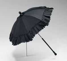 Parasol, Metropolitan Museum of Art: Costume Institute Brooklyn Museum Costume Collection at The Metropolitan Museum of Art, Gift of the Brooklyn Museum, Gift of John Redd, 1959 Metropolitan.