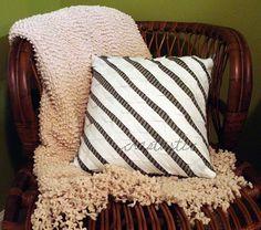Diagonal pillow cover tutorial
