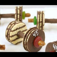Weight lifting cookie...perfect