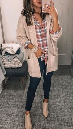 Check Out Latest and stylish Long cardigan Women Winter Outfits Source by dress casual Winter Outfits Women, Casual Winter Outfits, Fall Fashion Trends, Winter Fashion Outfits, Autumn Fashion, Old Navy Outfits, Winter Teacher Outfits, Weekend Fashion, Cozy Outfits