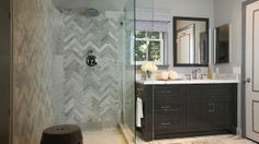 Jeff Lewis Interior Therapy. Marble bathroom. Zig zag pattern. So gorgeous!