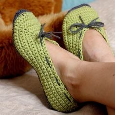 Crochet women slippers PATTERN (pdf file) - Ladies Ballet Flats. $3.99, via Etsy.
