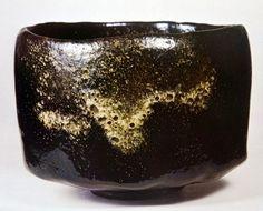 本阿弥光悦(1558-1637)作 黒楽茶碗銘 銘「東」(個人蔵)