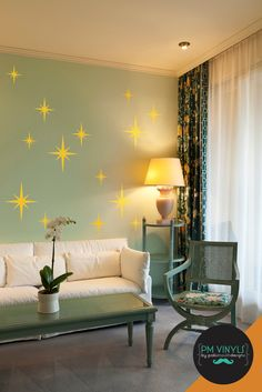 These retro starbursts will transport any room back to the glory of the 50s. Group together or spread out across your wall. Can be used as an accent to our large set as well!: ......................................................................................................... MEASUREMENTS small (x6) - 4.75h x 3.75w medium (x6) - 6.75h x 5.3w large (x6) - 10h x 8w *looking for custom size not listed here? Convo us for a custom quote! ....................................................