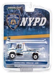 2013 International Durastar 4400 NYPD Tow Truck White by Greenlight 29797 Dump Trucks, Toy Trucks, Fire Trucks, Flatbed Towing, Ho Model Trains, New York Police, Custom Hot Wheels, Corgi Toys, Farm Toys