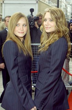 2002: Mary-Kate and Ashley Olsen at Their Fashion Launch at Asda