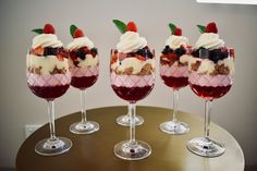The Christmas table isn't quite complete without a Christmas Trifle. These individual mini trifles are made extra special with Nana Ling's flummery recipe. Desserts In A Glass, Small Desserts, Trifle Desserts, Fancy Desserts, Dessert Dishes, No Cook Desserts, Dessert Recipes, Christmas Trifle, Christmas Lunch