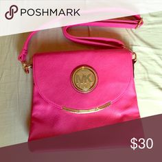 Michael Kors Satchel Hot pink perfect for summer ! Never used, its a knock off but looks pretty real Michael Kors Bags Satchels
