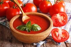 domaci kecup recept Ketchup, Serving Bowls, Good Food, Nachos, Homemade, Menu, Vegetables, Tableware, Tomatoes