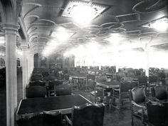 Titanic's 10,500 square foot first-class dining saloon was the largest room on the ship. It seated 532 passengers at once.