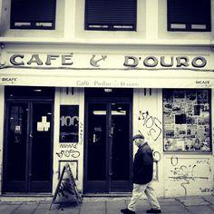 Café Piolho (Café Âncora d'Ouro), inaugurated1909.  Porto, Portugal
