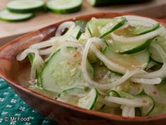 This crunchy and delicious homemade marinated cucumber salad offers welcoming garden-fresh taste in every bite. Its a super deli salad to serve with any of your favorite dishes! Marinated Cucumbers, Cucumbers And Onions, Cucumber Soup Recipe, Cucumber Salad, Soup Recipes, Salad Recipes, Cooking Recipes, Diabetic Recipes, Diet Recipes