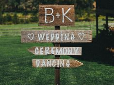 Mariage champetre signalisation Wedding Signs, Wedding Bride, Our Wedding, Deco Champetre, Wedding Reception Planning, Love Is Sweet, Marry Me, Holidays And Events, Wedding Inspiration