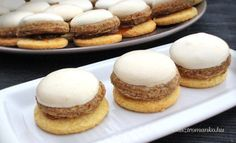 Diós, habos csók recept Hamburger, Pancakes, Bread, Cookies, Breakfast, Dios, Crack Crackers, Morning Coffee, Brot