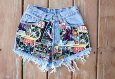 These reworked Levi's high waisted shorts perfect for any Star Wars fanatic. Star Wars comic book fabric sewn on one side, gold round studs on the opposite pocket. At checkout, please let me kn. Painted Shorts, Painted Jeans, Painted Clothes, Hipster Fashion, Diy Fashion, Fashion Looks, Levi High Waisted Shorts, Denim Shorts, Levis