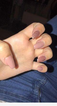 graduation nails Impressive nails to try Acrylic Nails Coffin Short, Pink Acrylic Nails, Acrylic Nail Designs, Pink Nails, Red Nail, Pastel Nails, Aycrlic Nails, Cute Nails, Graduation Nails