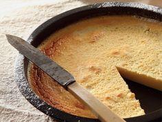 Crust less lemon milk tart Custard Recipes, Tart Recipes, Baking Recipes, Sweet Pie, Sweet Tarts, Delicious Cake Recipes, Yummy Cakes, Korslose Melktert, A Food