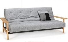 """Deze slaapbank Balder van het merk Innovation living is ontworpen in 2015 door """"Oliver Weiss Krogh"""" en """"Per Weiss"""". Hij is gestoffeerd in 557 Soft coral (100% polyester). De Balder sofa's zijn uitgevoerd met een Soft spring matras, voor een optimaal zit- en ligcomfort. Het leuke aan dit model is de multifunctionaliteit, hij is op meerdere manieren te gebruiken!  Afmeting: 92x230x97cm (hxbxd)"""