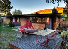 Curb Appeal:  Putting The Modern Back in Mid-Century. Not usually a ranch fan, but this is super cool.