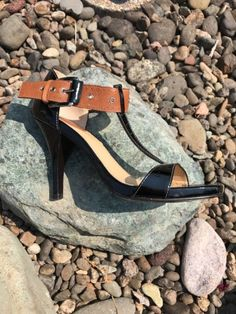 Cole Haan Air 6.5 B Black Patent Leather Brown Leather T Strap Heels Shoes | eBay
