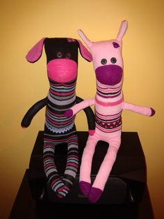 "Xulé 20# and Xulé 15# The ""Xulés"" are sock puppets made ​​by Oficinas RANHA . All different, andmade with anti - allergic synthetic filling."