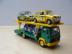 Can Am, Porsche 911, Corgi Toys, Happy New Year, Group, Board, Common Carrier, Custom In, Toy