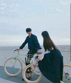 We go alot of places cause we collect memories not things❤ Boy Best Friend Pictures, Cute Couple Pictures, Girl Pictures, Couple Photos, Friend Photos, Cute Korean, Korean Girl, Korean Style, Cute Couples Goals