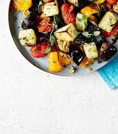 Uuniratatouille on satokauden simppelein (ja paras) kasvisruoka Fruit Salad, Cobb Salad, Ratatouille, Pork, Cooking Recipes, Ethnic Recipes, Sweet, Foods, Kale Stir Fry